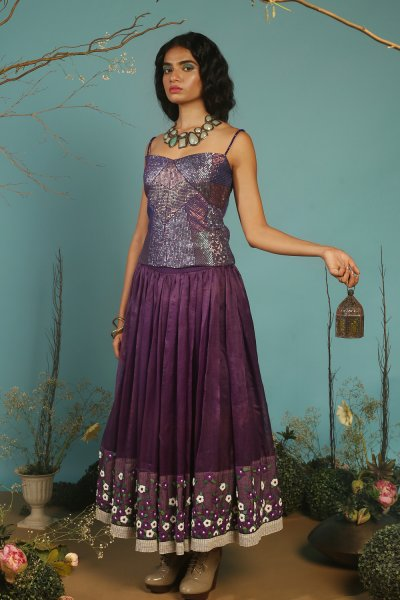 SHORT  ORGANZA LAHENGA WITH  QUILTED SEQUINS TOP