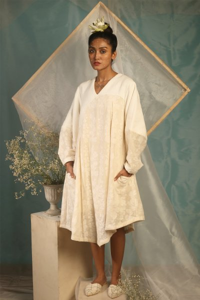 JAMDANI DRESS WITH LONG  BALLON SLEEVES